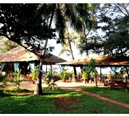 Beach Stay At Rock Water Resort In Goa