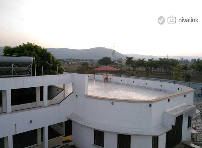 Aoris bungalow villa lonavala maharashtra for Resorts in khandala with swimming pool