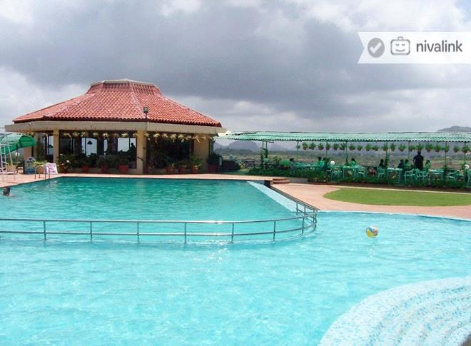 The dukes retreat khandala maharashtra for Resorts in khandala with swimming pool