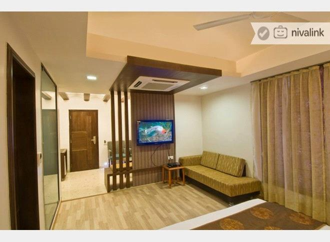 Hotels Near Sterling Hospital Ahmedabad